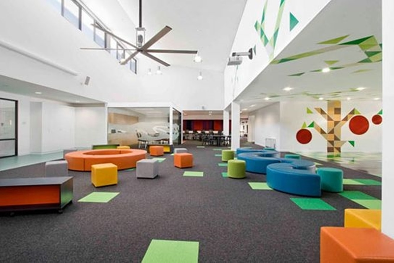 decoration-murale-salle-activite-enfant-creche-garderie