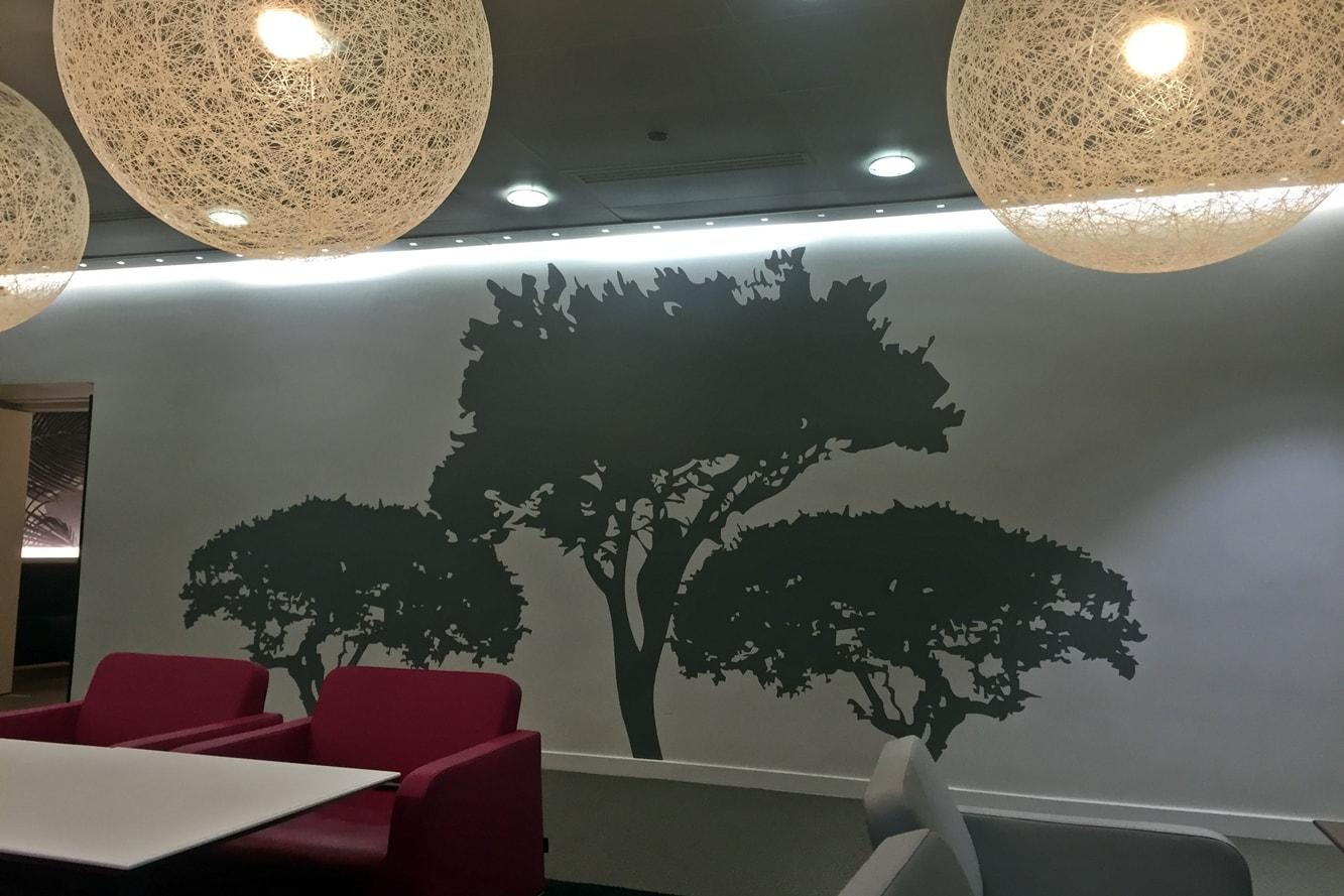 decoration-murale-vinyle-decoupe-restaurant-