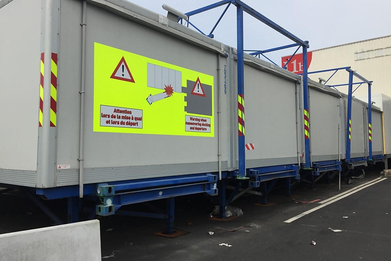 signaletique-danger-balisage-securite-exterieur